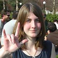 Se il gesto di «evviva» è scambiato per minacce