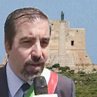 Il sindaco Taccone chiede alla Regione l'apertura del Castello