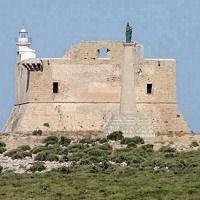 La fortezza di Capo Passero abbandonata senza custodi