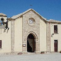 «Più rispetto per la chiesa Non sporcate il sagrato»