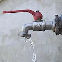 É guerra dell'acqua a Portopalo dove si paga anche per un depuratore che non esiste.