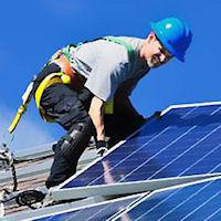 Battaglia sul fotovoltaico. Intervengono i vigili