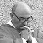 Tentata aggressione al parroco