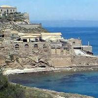 L'antica tonnara di Capo Passero sprofonda sempre più nell'oblio